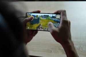 Best Mobiles for PUBG Gaming under ₹15000